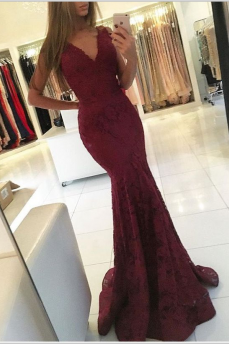 Burgundy Lace Plunge V Sleeveless Floor Length Mermaid Evening Dress
